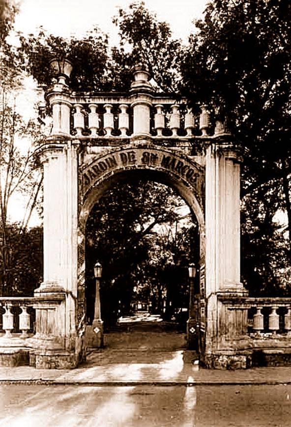 Bohemia y romanticismo imagenes del aguascalientes antiguo for Puerta 3 de san marcos