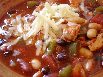 Mom's Cooking Club: Southwest Shredded Chicken Three Bean Chili with ...