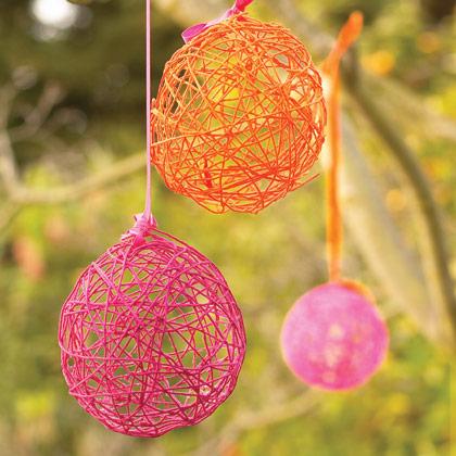 Yarn Crafts : Fidgety Fingers: YARN MACHE CRAFTS