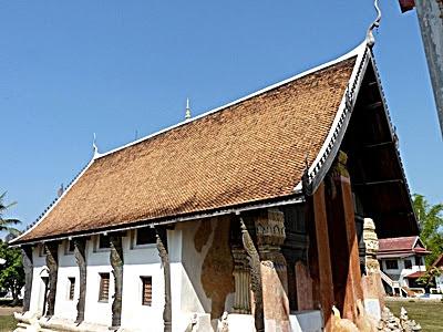 Wat Mano Pirom