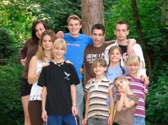 [white+family]