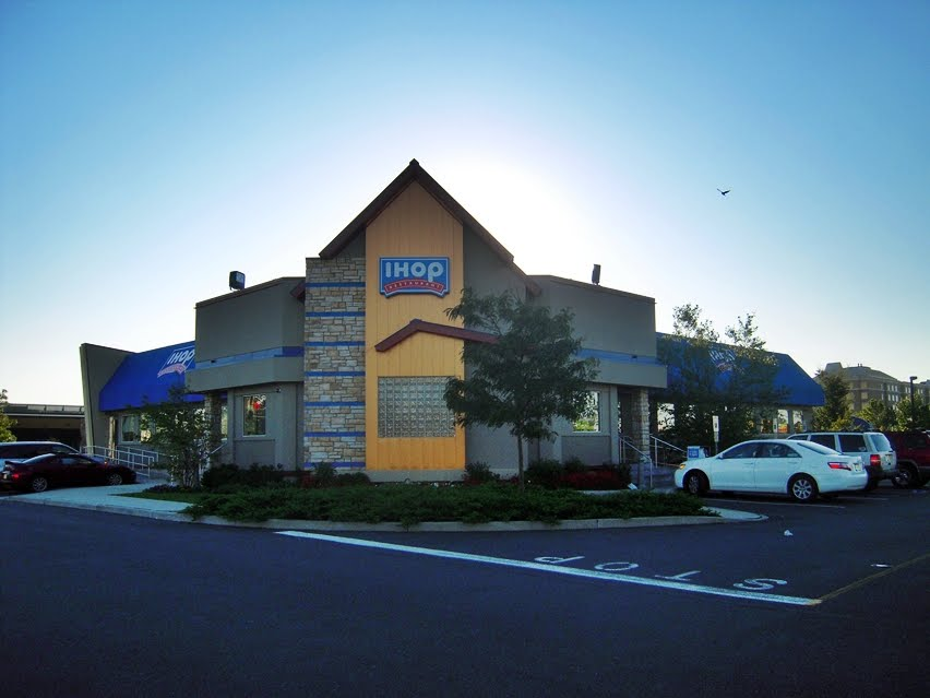 The Podanys Welcome To Our World Ihop Restaurant Elizabeth Nj