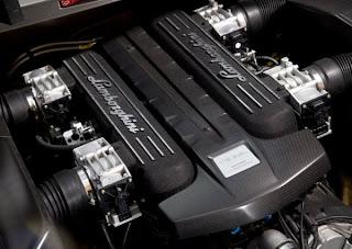 http://3.bp.blogspot.com/_ynA-qFq9e0U/TIf8-bQ8DEI/AAAAAAAABHI/8KLTLV8I4Lc/s1600/Lamborghini-Reventon-interior-08.jpg