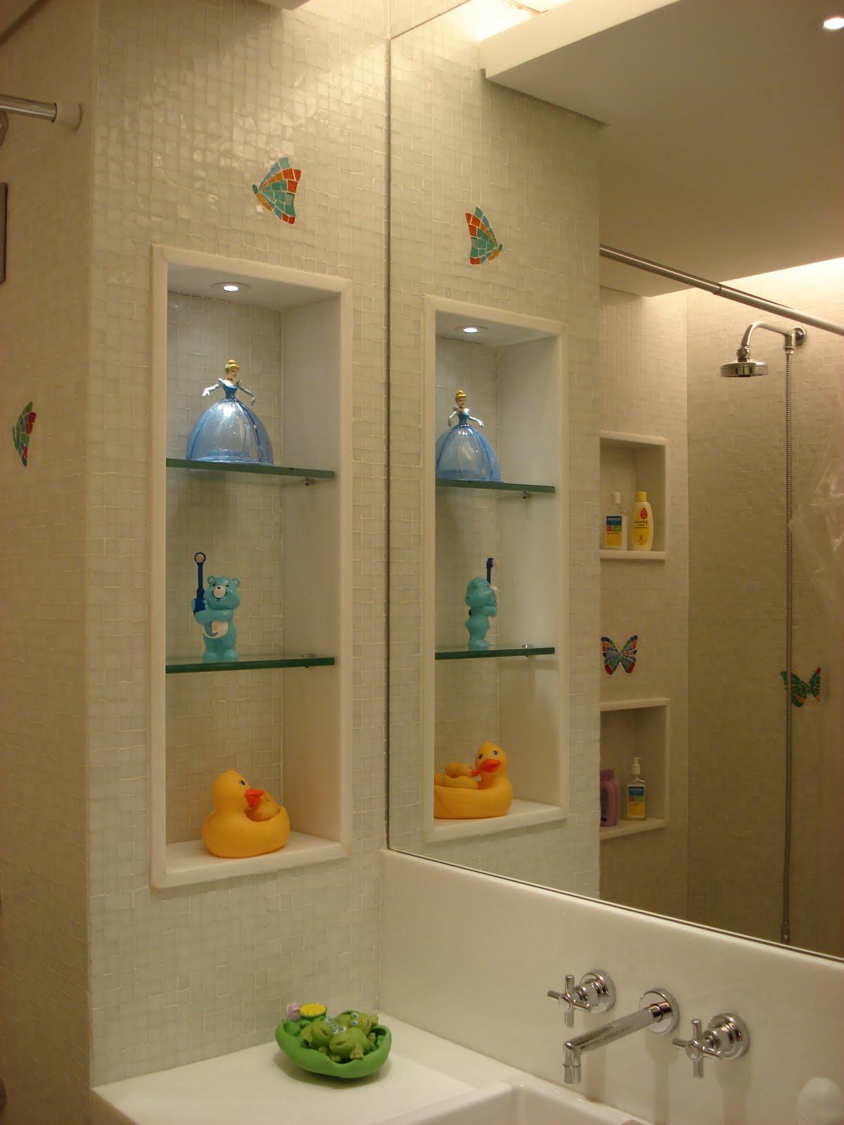 Fernanda Vieira Arquiteta: PROJETO RESIDENCIAL APTO BARRA DA TIJUCA  #B57716 1200x1600 Bancada Banheiro Laca