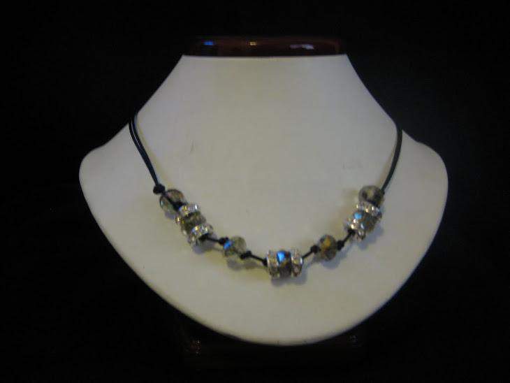C05105. Collar cordon y cristales