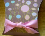 NEW ITEM Pastel Pink Circle Pillow Gift Box with Ribbon Set of 2 -$5-