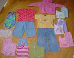 Lot de vêtements pour fille 3-4 ans à 15$. Cliquez sur l'image pour la description.