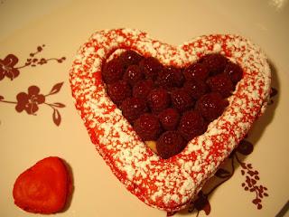 recette dessert macarons framboise ladurée saint st valentin coeur