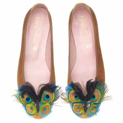 LEARN TO LOVE YOURSELF: PRETTY BALLERINAS SPRING-SUMMER 2011