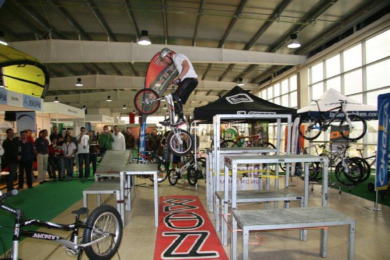 LOS TROPEZONES: Huelva SportFest (7, 8 y 9 de Mayo 2010) Puerto Sur ...