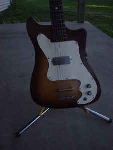 Craigslist Vintage Guitar Hunt: Kay K100 w orig case in ...