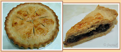 Apple Pie with green apples and raisins filling