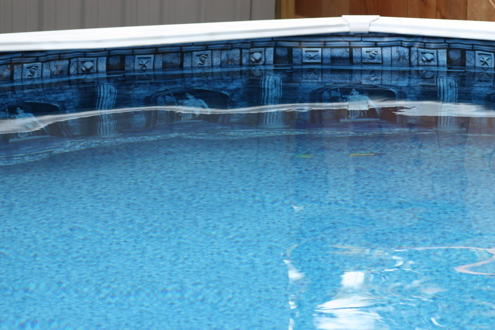 The thompson 39 s new pool liner for Pool liners