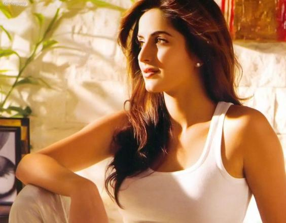 katrina kaif new wallpapers. Katrina Kaif Wallpapers New