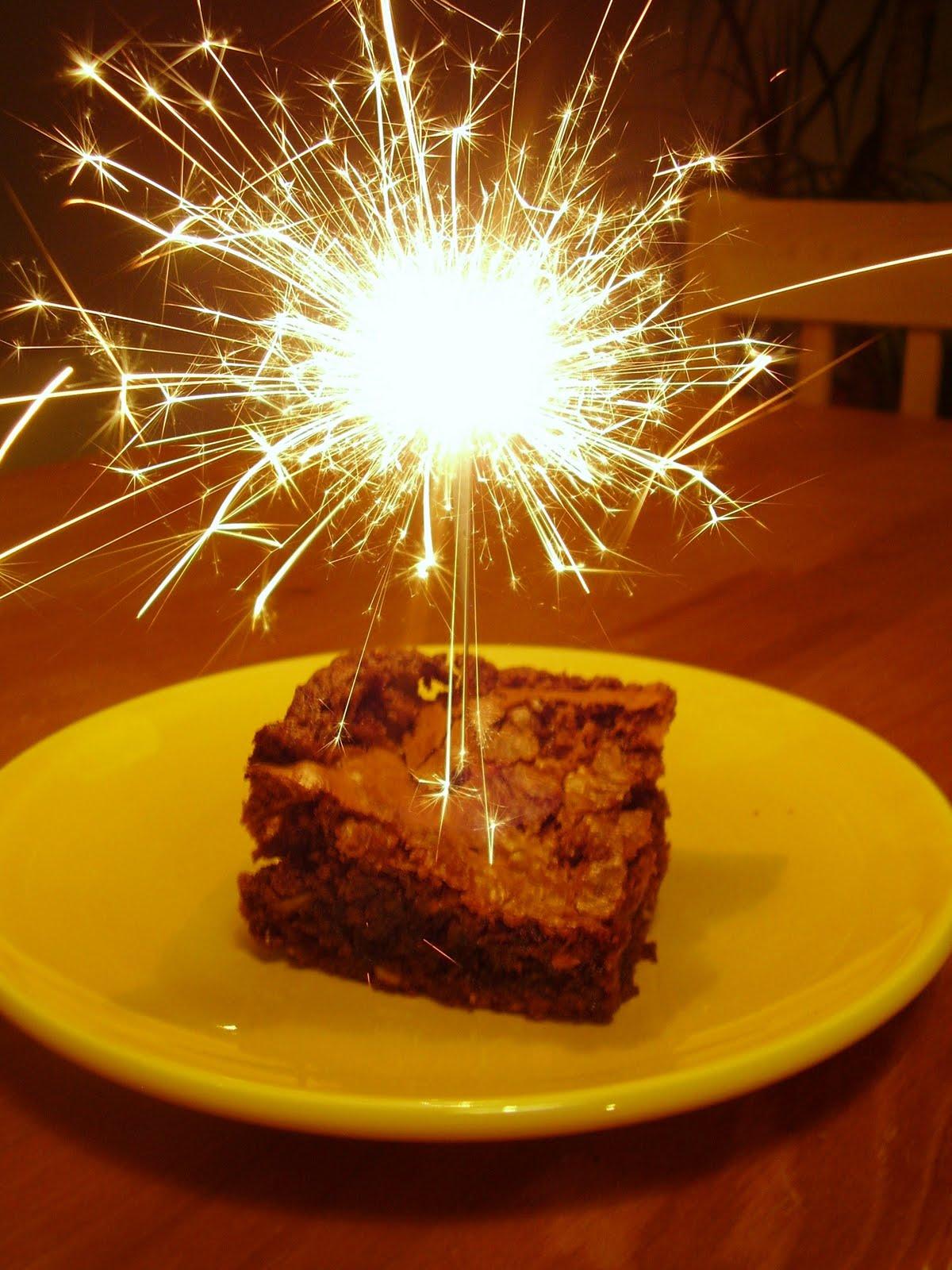 rebecca bakes cakes week 27 daim bar birthday brownies. Black Bedroom Furniture Sets. Home Design Ideas