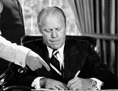 Indigo Roth and Gerald Ford do Nixon's pardon