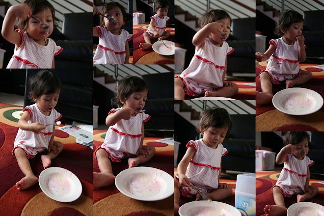 ALena makan eskrim