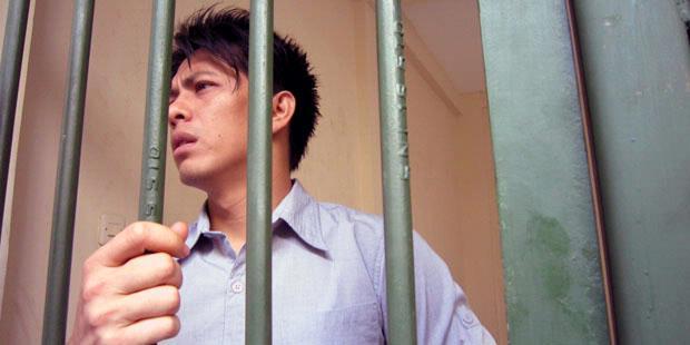 Akhirnya Ariel Peterpan Dipenjara 3 Tahun 6 Bulan dan Didenda 250juta!