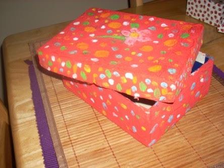 La luna de tui decorar cajas de cart n - Decorar con cajas de carton ...