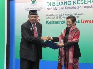 Walikota Tarakan Dapat Penghargaan dari Menteri Kesehatan - Kaltim Borneo
