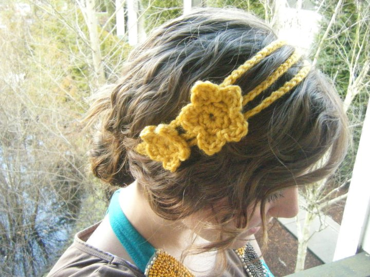Crochet Pattern For Headband With Flower : You Seriously Made That!?: Double Flower Headband Pattern