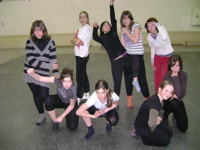 les ados (cours lundi 18/02/2008 )