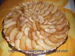 reteta tarta cu mere