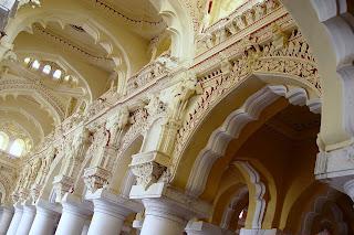 thirumalai nayakar mahal,thirumalai nayak palace Madurai,thirumalai nayakar mahal photos,Madurai thirumalai nayakar mahal,thirumalai naicker palace,thirumalai nayakar palace pillars-art work
