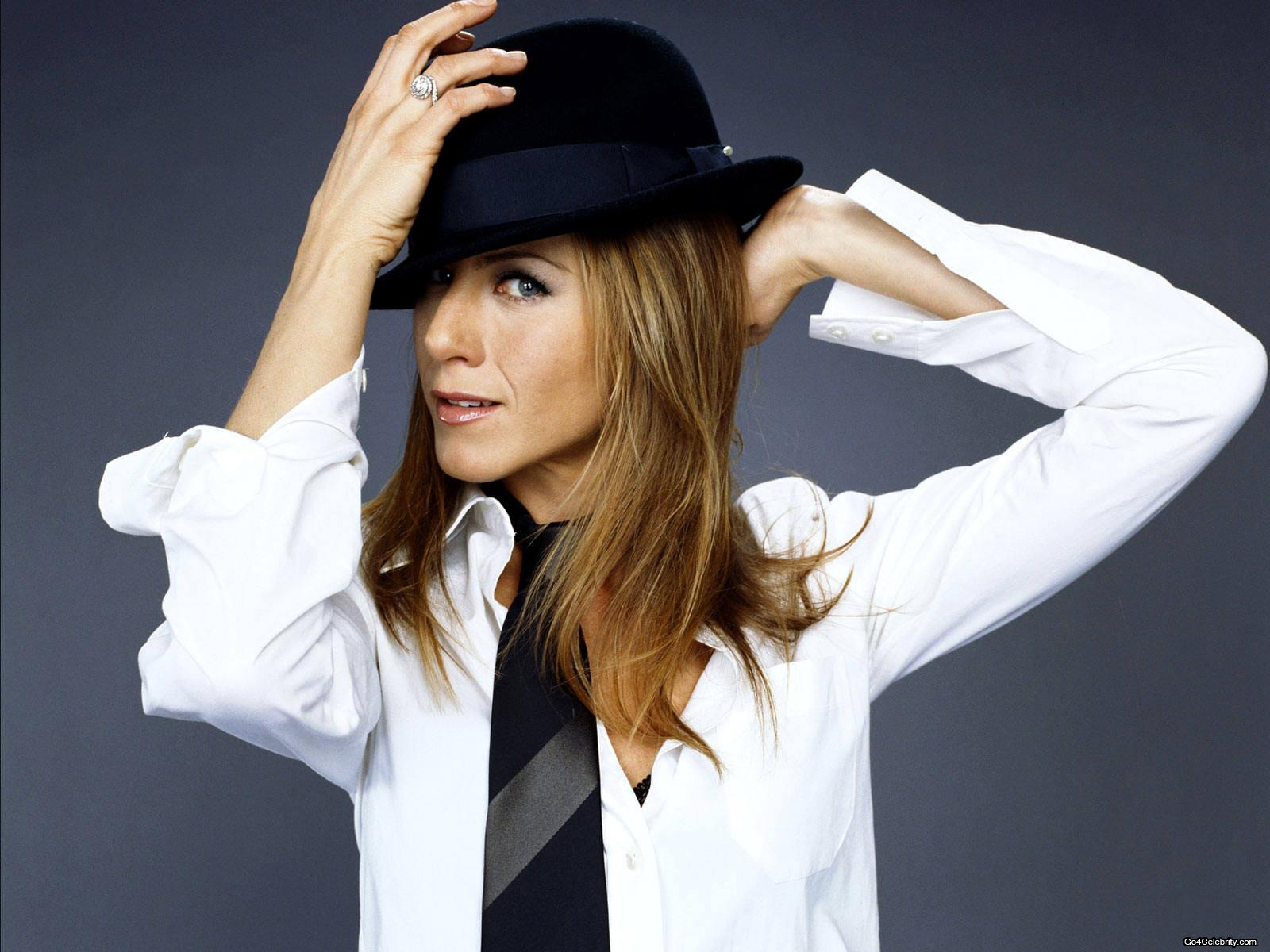 http://3.bp.blogspot.com/_z5FfbwAlP1w/TOB5lx0MTaI/AAAAAAAACNA/EXBz1O2pnW0/s1600/Jennifer-Aniston-jennifer-aniston-81363_1600_1200.jpg