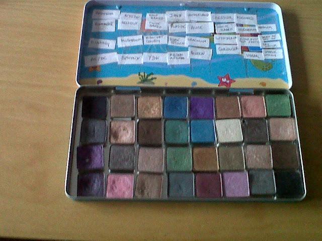My beaut blog une palette de maquillage pas cher - Palette de pinceaux maquillage pas cher ...