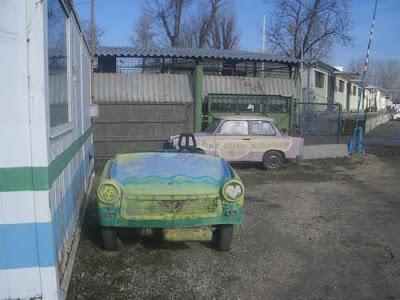 Trabant car autó Budapest Hungary Ungarn Magyarország funny buhera vicces