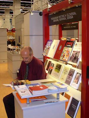 Frankfurti Könyvvásár, határainkon túli magyar írók részlege