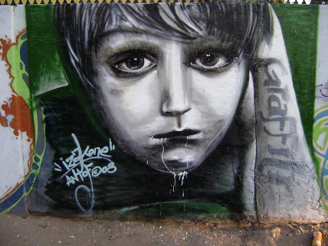 graffiti de izak en maipu, chile