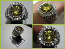 Natural Yellowish Green Glitering Sphene