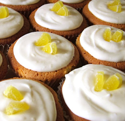 Homemade Lemon Cupcakes