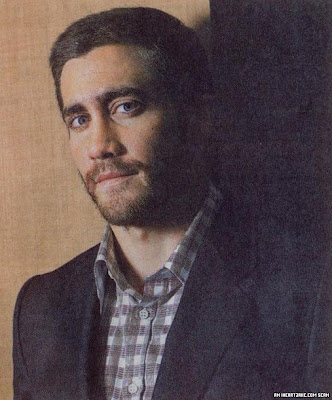Jake Gyllenhaal wills us to orgasm