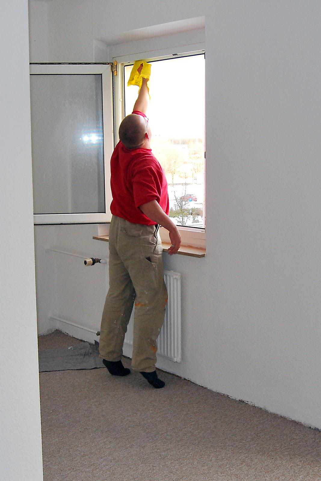 endreinigung einer wohnung in toitenwinkel 12 2010 gibt s was zu tun geh zu kuhn. Black Bedroom Furniture Sets. Home Design Ideas