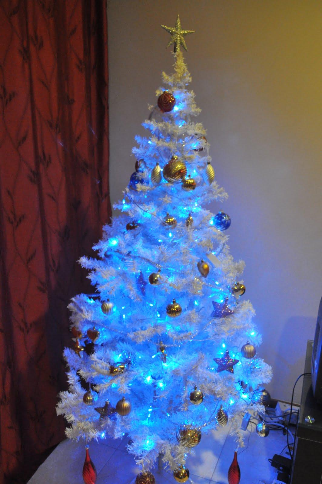 ... French Blue Velvet Tree Skirt by Balsam Hill ...