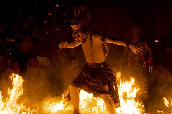 Kecak dance, Ulu Watu, Bali, Indonesia © Matt Prater