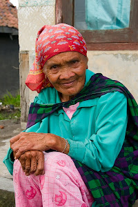 Old woman, Cemoro Lawang, Java, Indonesia © Matt Prater