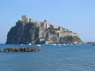 Ischia Castello Aragonese Costa Amalfitana: acantilados y pueblos de ensueño