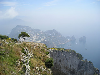 800px Anacapri view Costa Amalfitana: acantilados y pueblos de ensueño