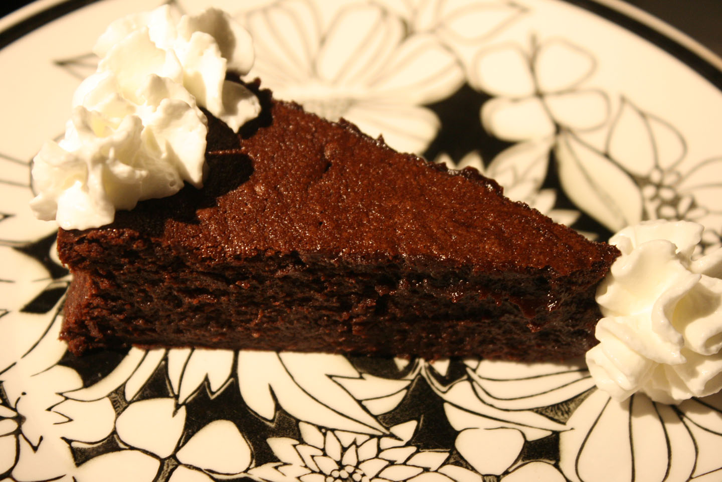 Remodelaholic | Flourless Chocolate Torte Recipe