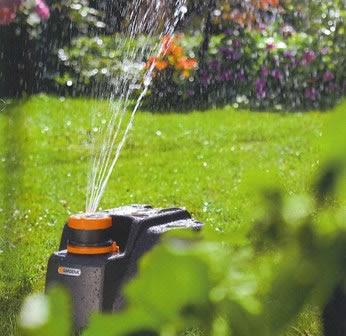Plantas y jardineria riego de las plantas de jard n for Aspersores de riego para jardin