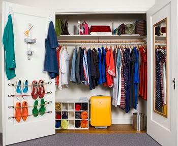 C mo hacer un zapatero en la puerta de tu armario - Como hacer un armario zapatero ...