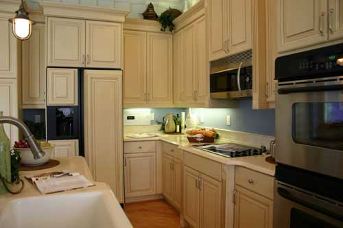 Kitchens Ideas - Kitchen Layout and Decorating Ideas