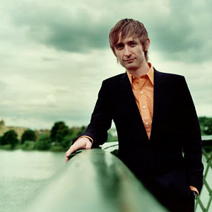 Neil Hannon, The Divine Comedy taldeko burua
