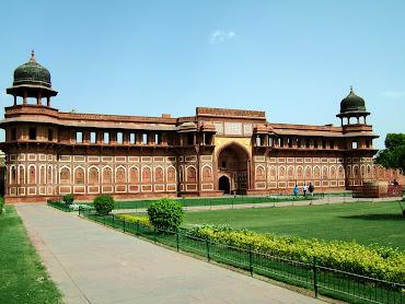 #13 Agra Wallpaper