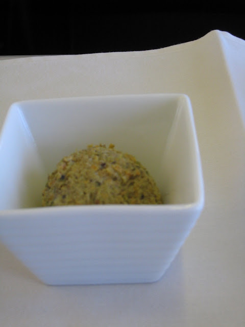 Amuse bouche on JL061