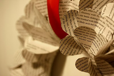 [book+wreath]